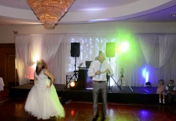 Funny Father Daughter Dance - Christina and Dad Gary, Belfast