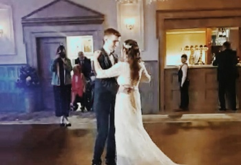 Traditional First Dance with a mashup - Calvin & Sarah, Belfast.